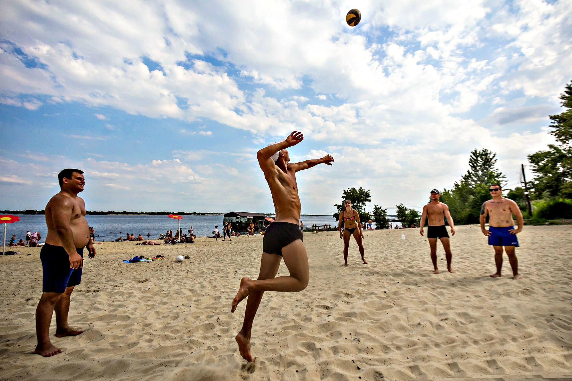 Для жителей и гостей Волгограда откроют 35 пляжей