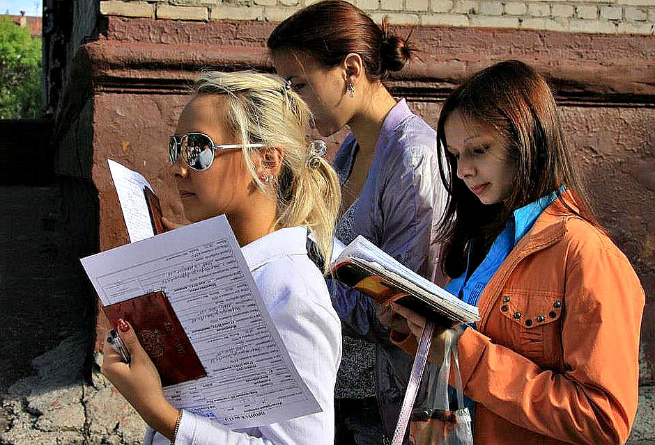 В этом году ЕГЭ будут сдавать 11.000 волгоградских школьников