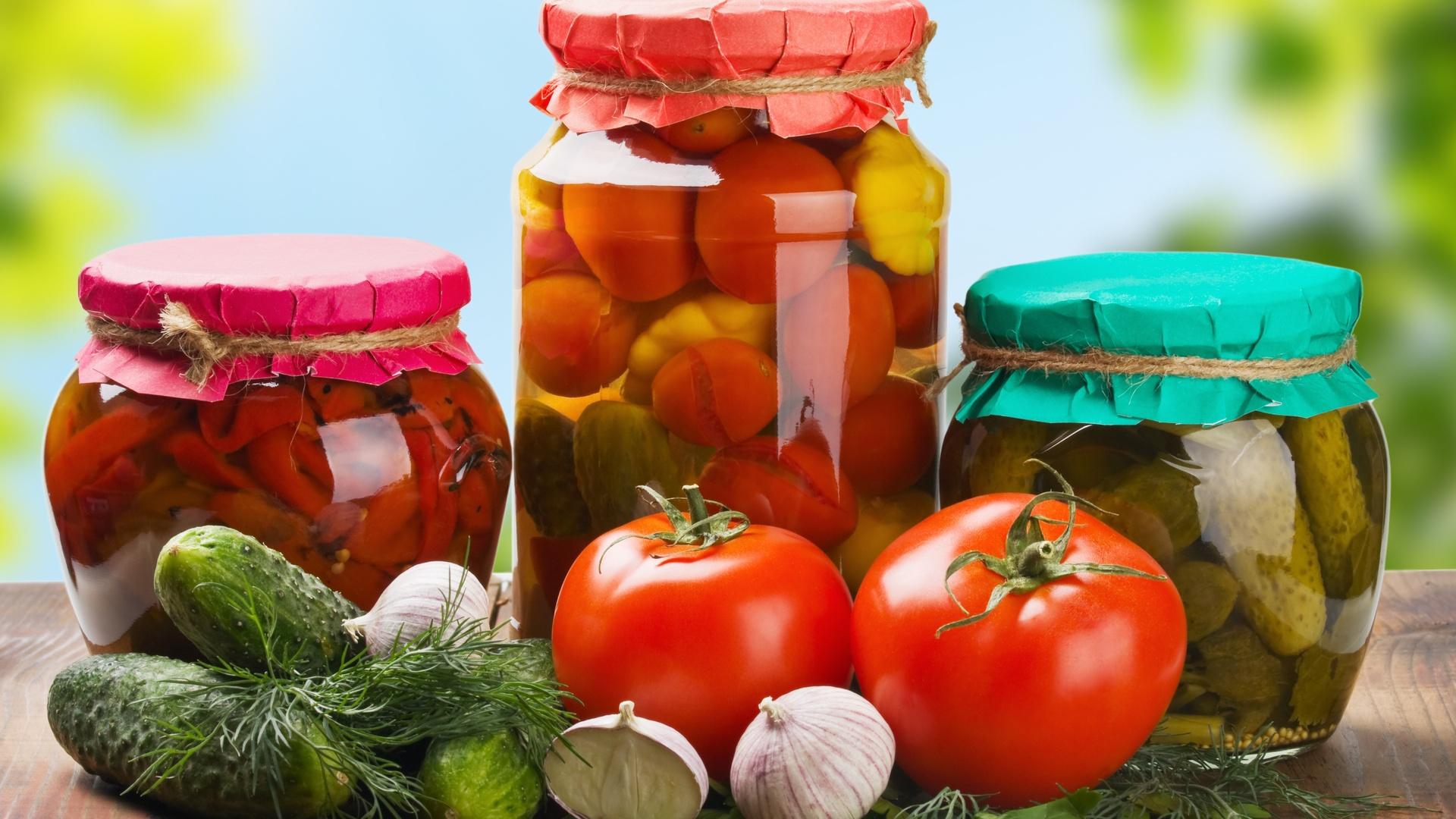 Какие продукты опасно покупать «с рук»?